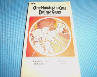 Vintage 101 One hundred and One Dalmations Disney Paperback  PB 1969 60s Dogs