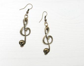 Treble Clef Music Rock Skull Earrings, Heavy Metal, Steampunk Halloween. Antique Brass Bronze Earrings, Vintage Looking, Gift for Her