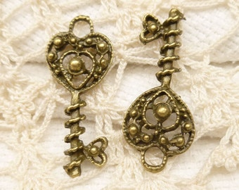 Filigree Key to My Heart Skeleton Key Charms, Antique Bronze (6) - A102