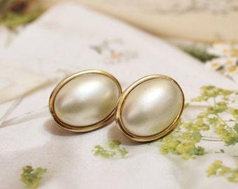 Vintage Gold Pearl Stud Earrings