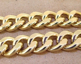 One strands Cut Twist O Light Gold Plated Metalic Aluminium Chunky Curb Chain ----- 19mmx 23mm---thickness about 5mm----38""