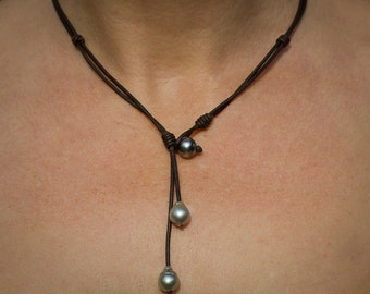 Tahitian pearls leather necklace - pearl leather jewelry - leather pearl lariat - - leather pearl necklace