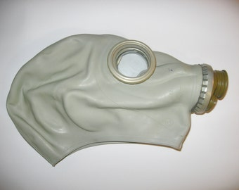Vintage GP-5 Gas Mask is a Soviet-made ,Brand New, cyber mask, cyber goth respirator