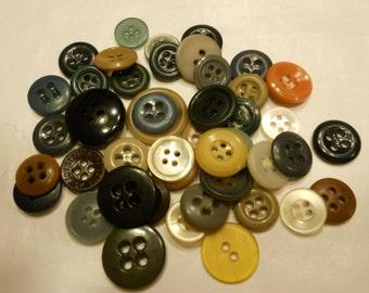 45 piece vintage button mix, 13-19 mm (21)