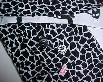 """Crossbody  Bag """"French Giraffes """" Reversible Washable  Loop Purse with Keychain / Bagcharms"""