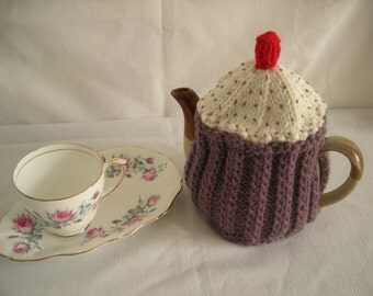Hand Knitted Cupcake Teapot Warmer/Cosy 6-8 cup