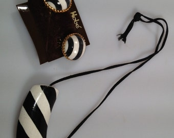 HOBE' Set 1970s Vintage Necklace and Earring Set Never Worn CERAMIC Signed Deadstock