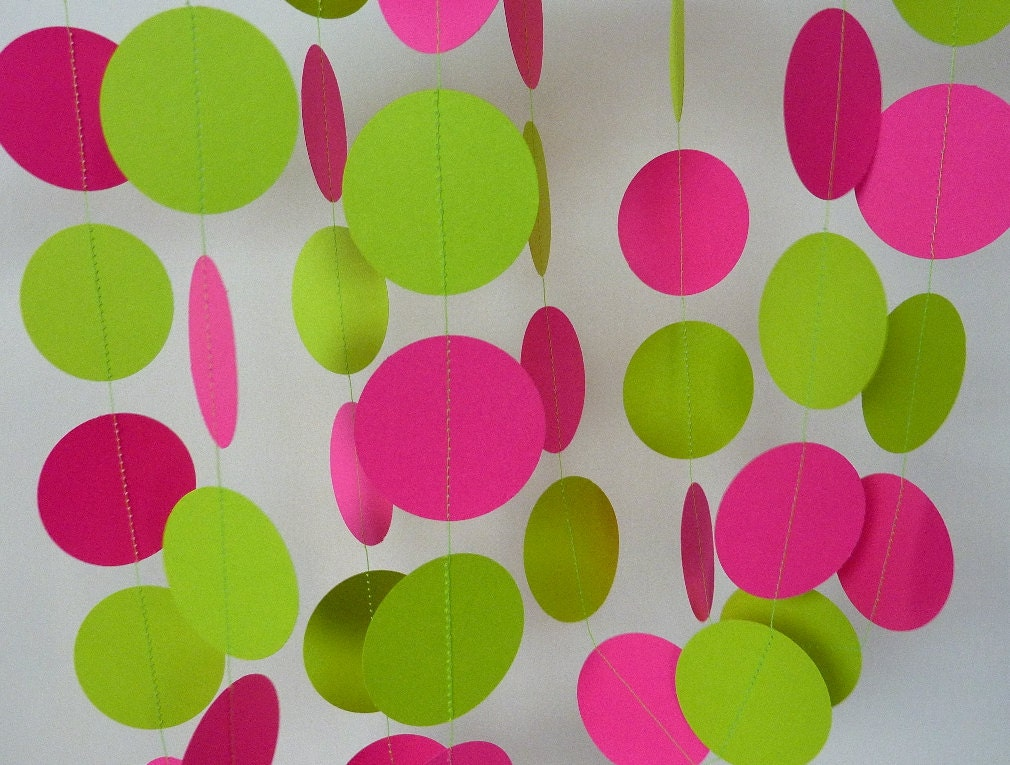 Hot pink chartreuse paper garland pink and green birthday for Baby girl birthday decoration pictures