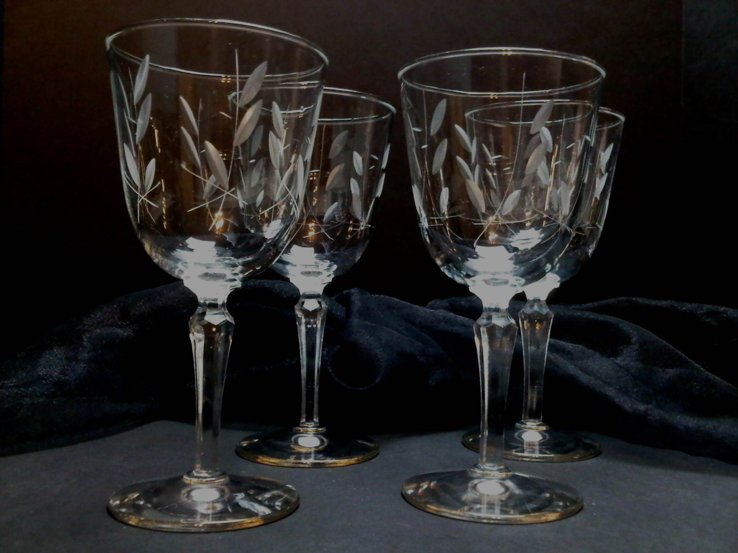 Etched Vine And Cut Leaf Stemware Large Wine Glasses Water