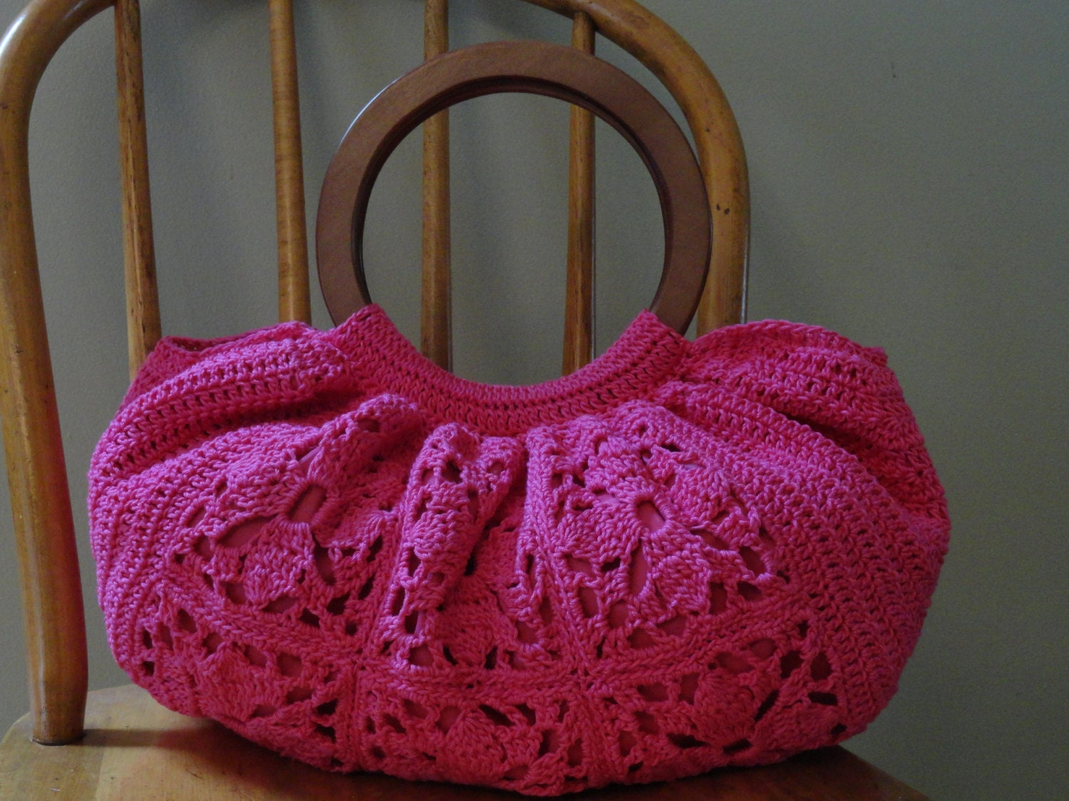 Crochet Bag Wooden Handle Pattern : Crochet Fat Bottom Bag Purse Large Bright Pink Granny Squares