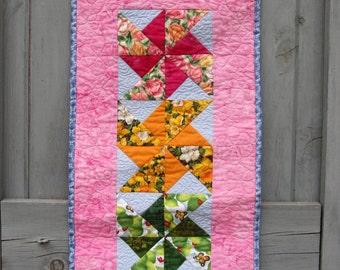 Spring Summer Wall Hanging, Spring Quilt, Door Decoration Pinwheels
