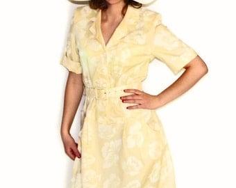 Vintage Shirtwaist Dress. 80s Short Sleeve Summer Dress. Size Medium. Swing Dress. Pastel