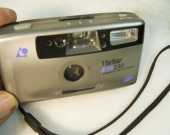 VIVITAR  ADVANTIX  XM230  Panorama  Flash  Camera  -  Very  Nice  Vivitar  Flash  Camera