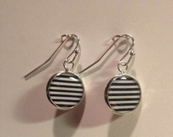 Black and White Stripped Earrings