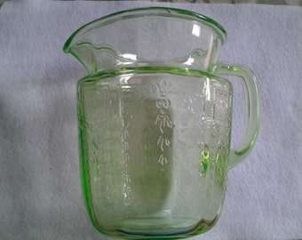 Anchor Hocking Princess Vaseline Glass Pitcher in Green