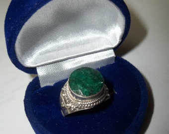 Brazilian Emerald in a Sterling Silver Setting Southwest Native Inspired Ring size 8 1/2  Christmas