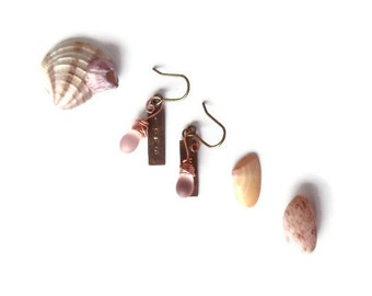 love earrings // blush pink glass bead jewelry