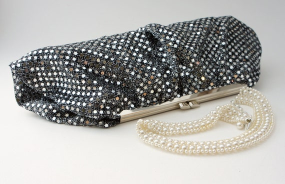 1920's Gatsby Style Silver Sequin Clutch Purse - Evening/Prom/Bridesmaid Handbag - Includes Crossbody Chain - Custom Made to Order