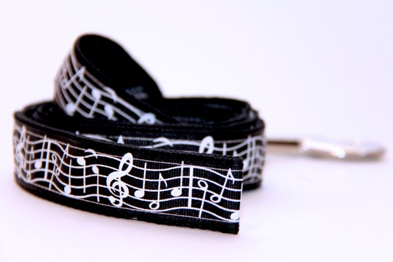 Dog Leash-Music Notes