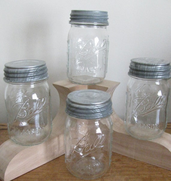 Flower Series 4 Vintage PINT Clear BALL Mason Canning Jars with Ball Zinc Lids 1960's
