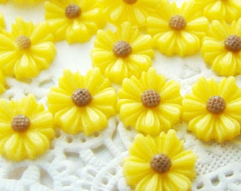 Chic 9mm Sunny Yellow Resin Daisy Flower Cabochon - 8