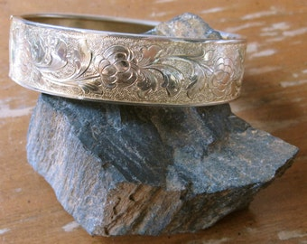Vintage 1950's Gold Wide Hinged Bangle with Floral Engraving