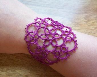boho chic bracelet lace cuff bracelet, wrist cuff bracelet, lace bracelet, cuff bracelet, tatted bracelet, victorian bracelet