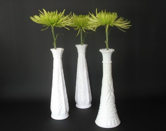 Vintage Milk Glass Bud Vases Table Centerpiece Wedding Decor Cottage Chic Farmhouse Decor