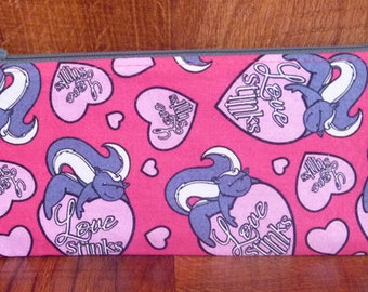 Valentine's Day - Love Stinks Skunk Zipper Pouch/Pencil Case/Coupon Holder