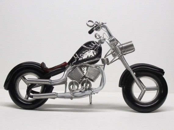 Items similar to Wire Sculpture Harley Motorcycle on Etsy