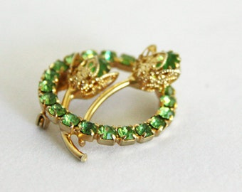 Green Rhinestone Brooch - Green Prong Set Gold Tone Flower Bud Circle Brooch Pin Vintage