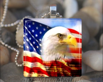 AMERICAN FLAG EAGLE Patriotic Fourth of July Declaration of Independence Glass Pendant Necklace Keyring