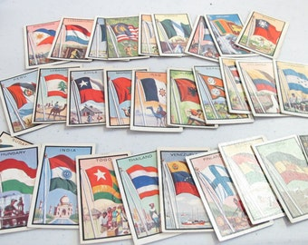 Vintage cigarette trading cards flags of the world