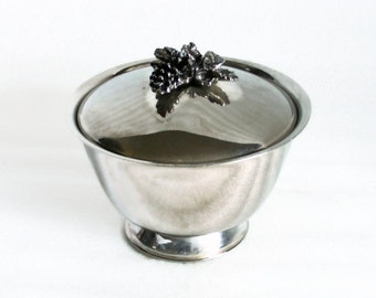 Vintage mini bowl with lid GRAPE bunch ornament, Silvertone Pedestal footed ornate grapevine leaves fruit - Rustic metal table decor