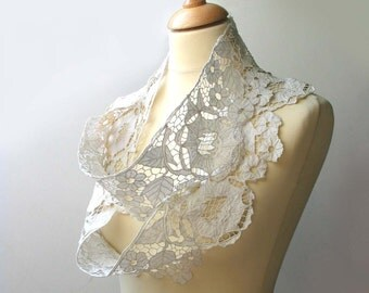 Vintage cutworked lace - Romanian country style