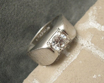 Vintage Sterling Ring Solitaire CZ Mens Jewelry H463