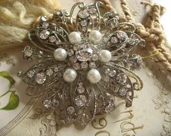 Garden pearls flowers Swarovski rhinestone crystals brooch pin