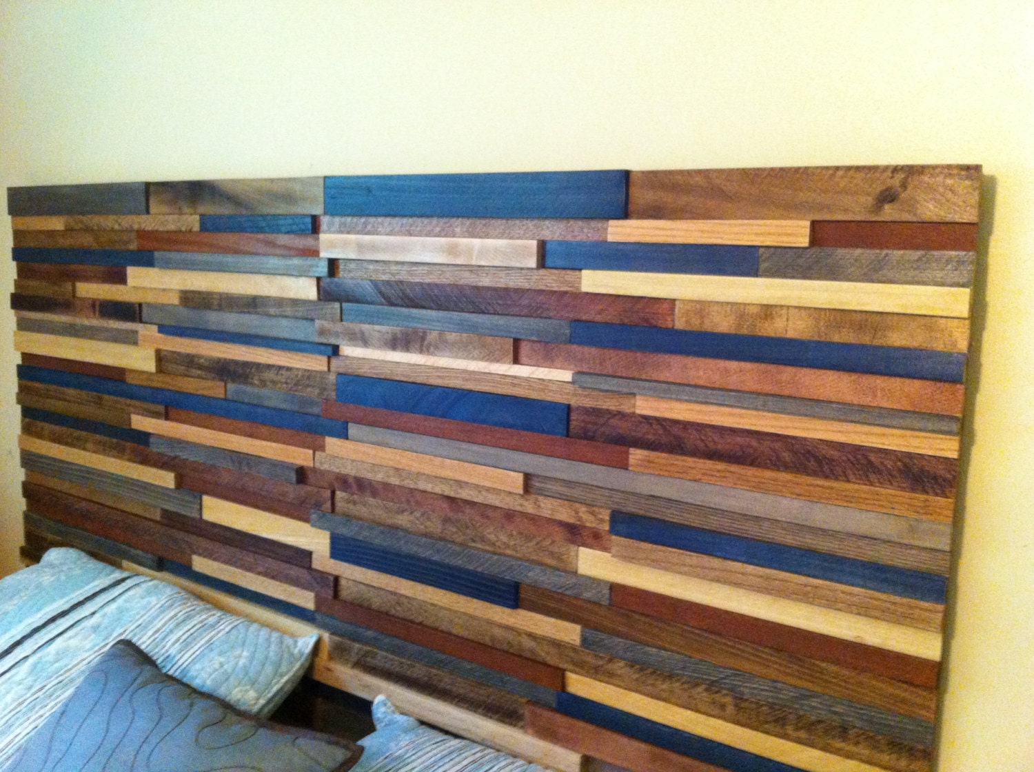 queen reclaimed wood headboard by jenssimpledimensions on etsy. Black Bedroom Furniture Sets. Home Design Ideas