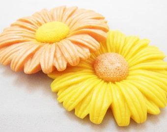 2 Daisy Guest Soaps