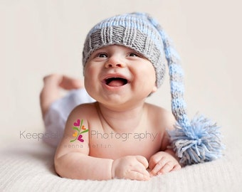 6-12 MONTHS Baby Boy or Girl Knitted Striped Elf Hat with pom pom for Photography Props
