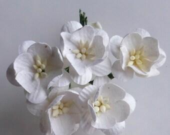 """25 White Cherry Blossoms 25mm (1"""")"""