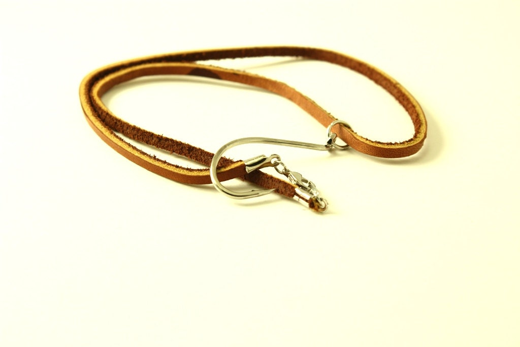 Leather fish hook necklace fish hook jewelry for Fishing hook necklace
