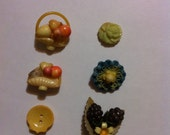 Lot of FRUIT, Flower and Yellow Buttons vintage