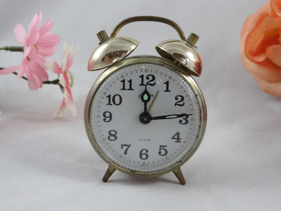 Vintage Linden Wind Up Travel Alarm Clock