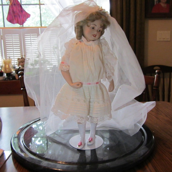 1988 Hamilton collection playing bride doll Maud Humphrey Bogart paintings doll