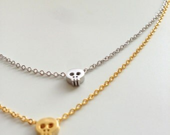 Skull necklace, tiny skull necklace, dainty skull necklace, minimalist everyday jewelry