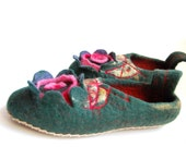 felted slippers for women In flower- relax with wool-eco living-unique gift -home shoes-8,5 US