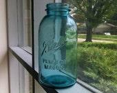 Vintage Blue Ball Perfect Mason Jar