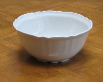 "From Portugal - ""Coimbra"" Deep Round Serving Bowl"