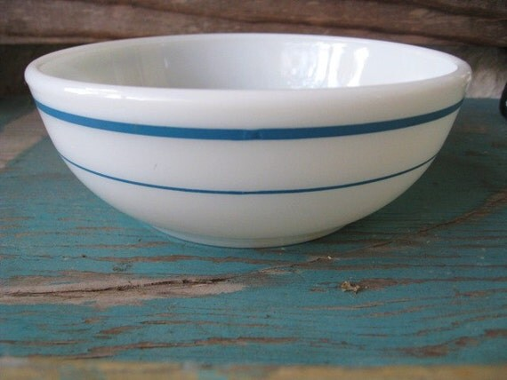 Vintage Pyrex Bowl Milk Glass Cereal Bowl White With Blue